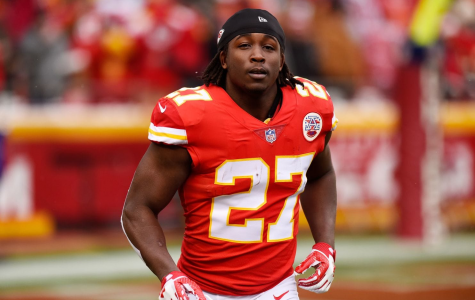 Falls and Football: Kareem Hunt kicked off Chiefs team after assault video release