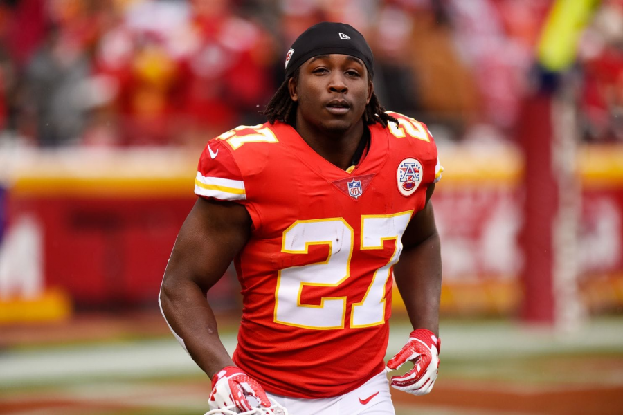 Source:https://www.washingtonpost.com/sports/2018/12/02/im-not-that-type-person-kareem-hunt-apologizes-incident-say-he-lied-chiefs/?noredirect=on&utm_term=.f52d27779cd5