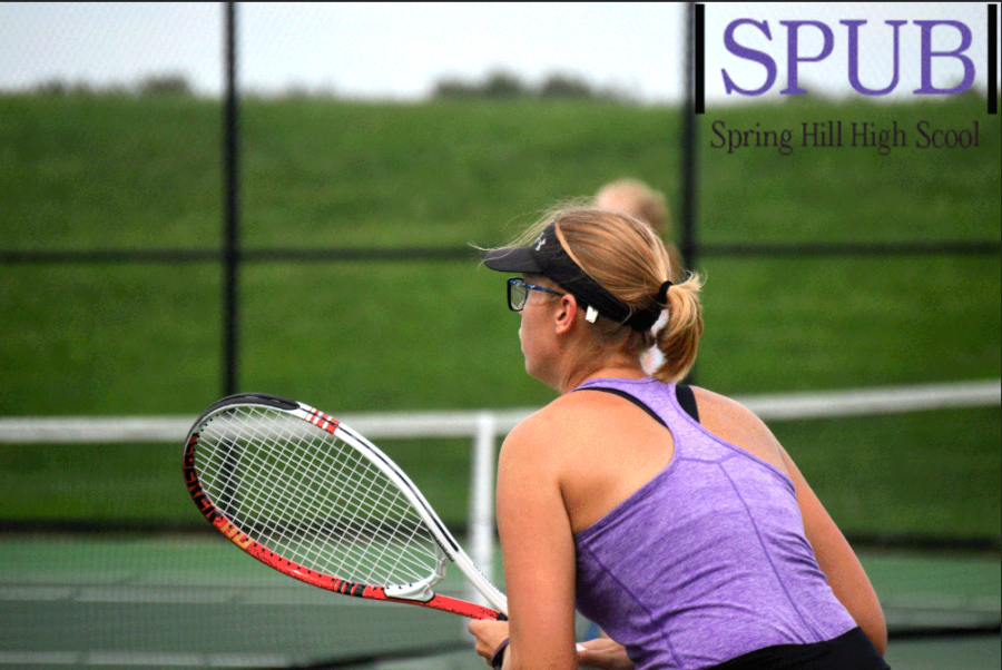 On+Sept.+10%2C+Makayla+Pope%2C+11%2C+stands+at+the+ready+during+the+Home+Quad+against+Gardner%2C+DeSoto%2C+and+Baldwin.+She+took+second+place+number+two+singles.+%28Photo+by+L.Kuhn%29