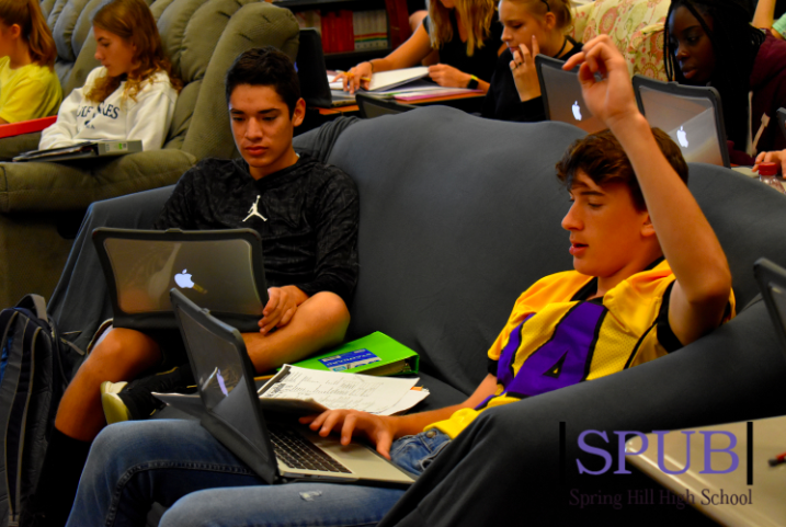 Students work on their Spanish work in class. These students will take the MAP test today (Photo by LDuran).
