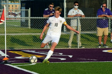 Boys Soccer Kicks Off the Season