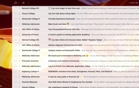 The college inbox of Lily Kuhn, 12, holding hundreds of emails from dozens of colleges.