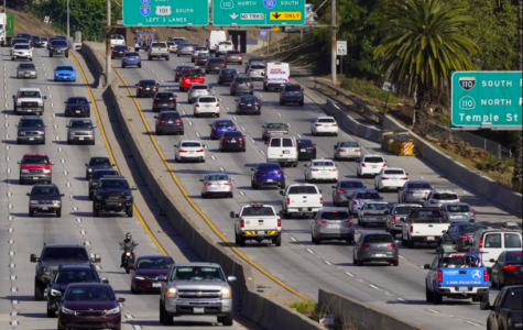 This picture of a Los Angeles freeway is something Governor Gavin Newsome is hoping to get rid of by 2035, with his newly-signed ban on gasoline vehicles (photo courtesy AP News).
