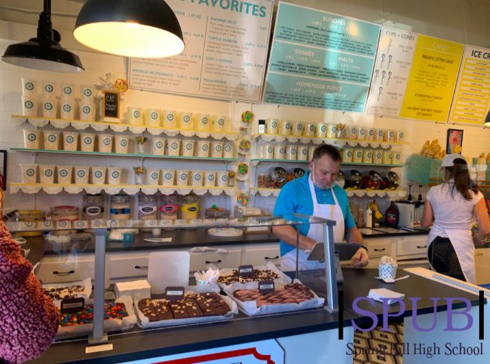 Pop's Sweet Shop is a new addition to downtown Spring Hill as of November 29th, selling homemade fudge, candy, ice cream, and unique flavors of cotton candy (photo credit O. Leblanc).