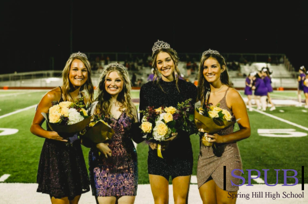 A throwback to fall homecoming, where the girls on the homecoming court posed for a picture after the coronation. Although it was different, it was still a fun and busy week so hopefully Winter Homecoming will be the same (photo credit J. Wilm).