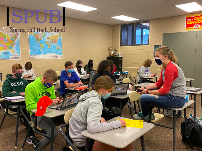 Brett Gearhart's Advisory class works on independent projects. Advisory is a time for students to do what they need to do (photo credit T. Dent).